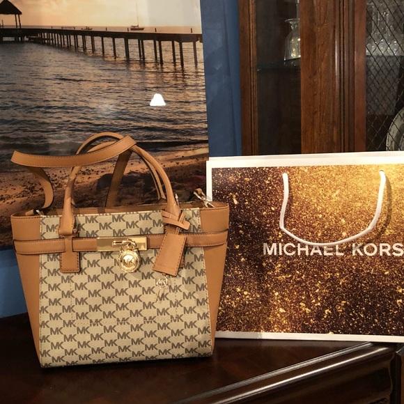 3ac7e722e7b7  348 Michael Kors Hamilton Handbag MK Bag Purse